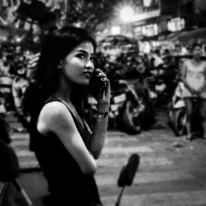 street photography phnom penh woman riverside