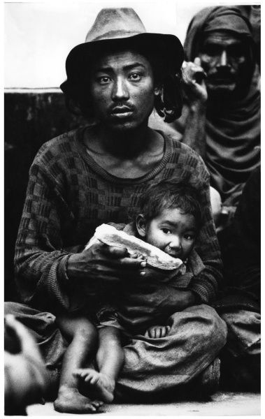 don McCullin 1964 tibetan father and his son new delhi